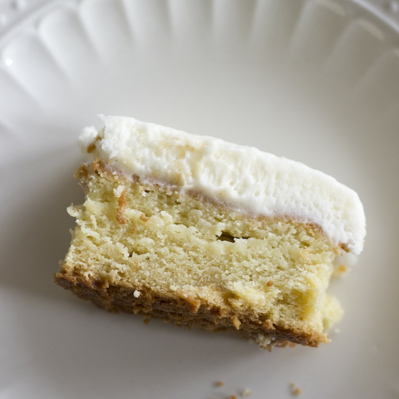Cake With Cream Cheese : Gluten Free Cream Cheese Cake with Buttercream Icing ...